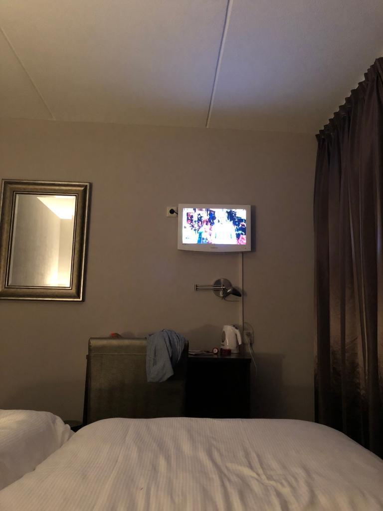 1hft_hotel