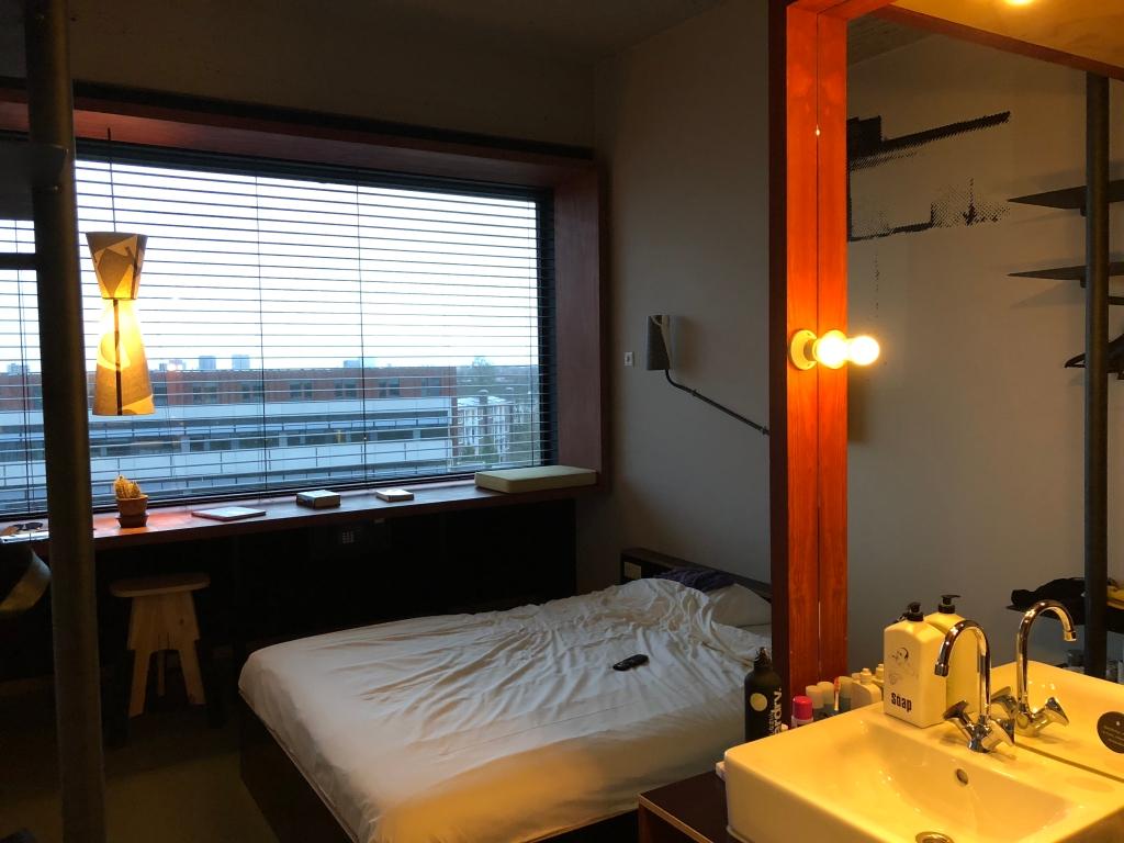3hft_hotelkamer1